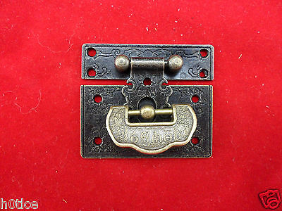 "Old Style Moire Chinese lock Buckle and Useful ""Lucky"" lock/key for Jewelry box"