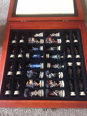 2000 W.U. Collection Civil War Chess set With Board