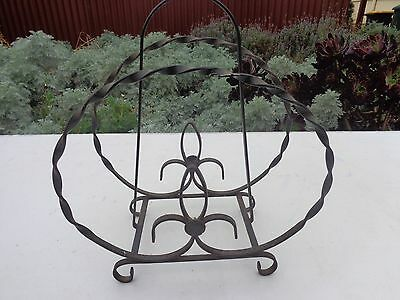 Old Vintage C1950's wrought iron Magazine newspaper rack POSTABLE!