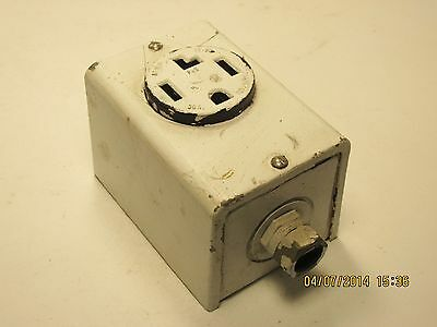 Pass & Seymour straight blade surface receptacle 30a 125/250v USED
