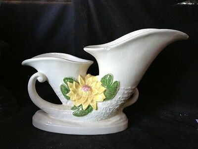 Vintage Hull Art Pottery L27 12, Double Cornucopia, Water Lily, 1949