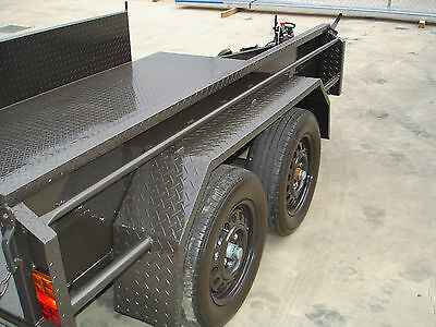 8x5 Tandem Trailer with Chk Plate Higher Sides