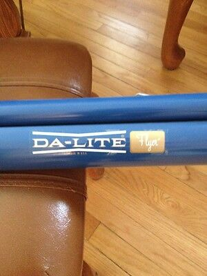 Da-Lite Flyer Projection Screen With Attached Tripod. 40x40