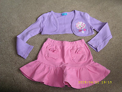 girls out fit aged 2/3 yrs