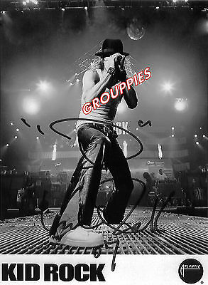 "KID ROCK SIGNED 8""X10"" PHOTO RP"