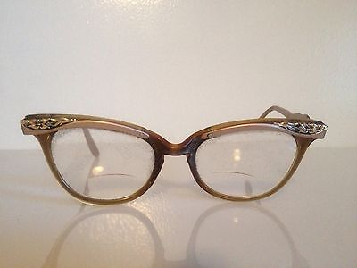 1950s Vintage Silver and Rose Gold Colored Metal Cateye Frames