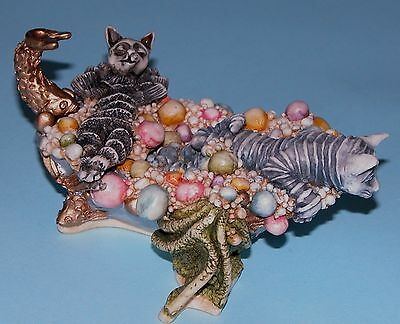 "Harmony Kingdom box ""Tartuffe & Teaser's Tub"" cats bathing, 2003 Clair de Lune"