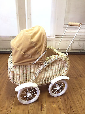 Vintage Style Dolls Pram Teddy Bear Keepsake Linen Lined NEW Natural Colour