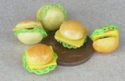 1:12 Scale 7x Cheese Burgers Dolls House Miniature Kitchen Bread Snack Accessory
