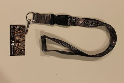 Duck Dynasty Authentic Camo Detachable Quick Release Lanyard Keychain Badge A&E