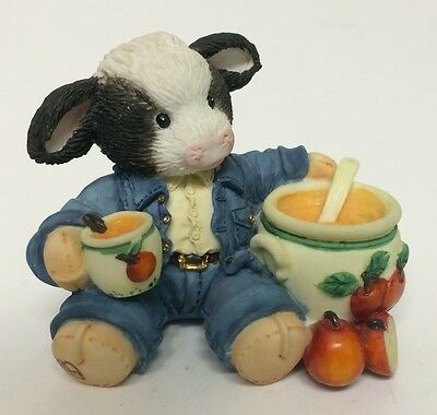 Enesco Mary's Moo Moos Cow Figurine Sweet Warm And Wonderful Apple Sauce Butter