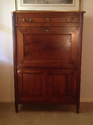 secretaire abattant in AAA Very Fine condition