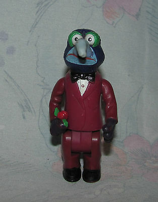 """Vintage Muppets Gonzo Figure w/rose - Suit/Tuxedo 3.25"""" Articulated Not PVC"""