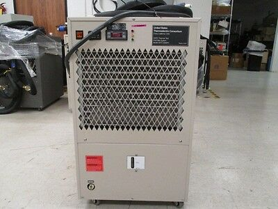 USTC Chiller, USTC-5000PC Chiller, USTC-5000PC and hoses seen, 395731