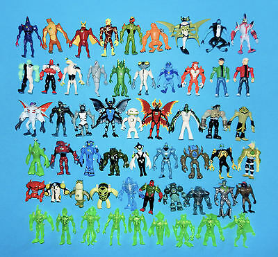 "Ben 10 Alien Creation Chamber Toy  Action Figures  2""/ 4-7cm size"