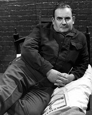Ronnie Barker [1027009] 8x10 photo (other sizes available)