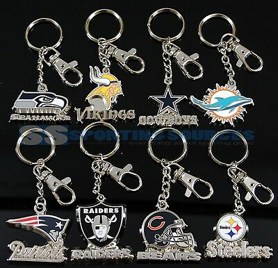 --- NFL LICENSED --- 3D Zamac Metal Keychain // Pick your team