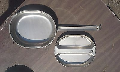"""Vietnam Era U.S. Army Issue """"Meat Can"""" style Mess Kit Assembly (1)"""