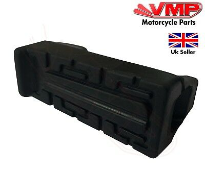 YAMAHA YBR125 2012 Footrest Foot Rest Peg Rubber Front Left or Right