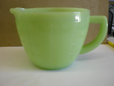 Jadeite Glass 2 Cup Measuring Cup