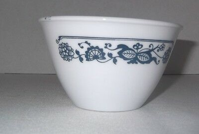 """Corelle Old Town Blue Onion Sugar Bowl by Corning  2-1/2"""" Tall 4"""" Diameter"""