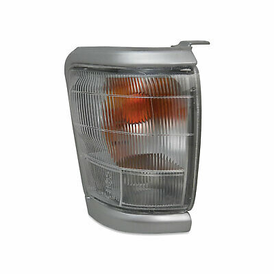 Toyota Hilux 2WD 97-01 Right Front Corner Park / Indicator Light Silver Surround