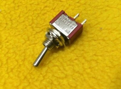 Mini toggle switch ON-OFF Single pole 2 pin 240V 2A 125V 6A