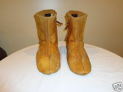 Vintage Handmade Leather Moccasins / Boots Native American Mens Size 10
