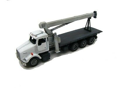 "N Scale ""KW"" Tri-Axle Truck with Heavy Boom Crane Kit- Showcase Miniatures (65)"