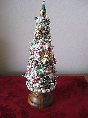 VTG RHINESTONE JEWELRY ART MEMORY XMAS TREE BEADS BROOCHES RINGS ONE OF A KIND