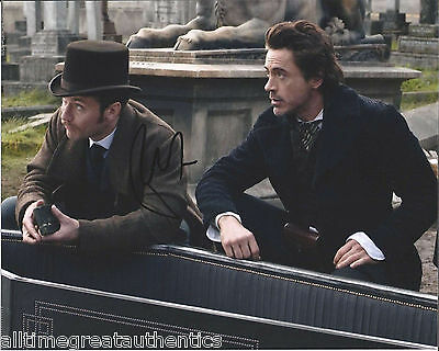ROBERT DOWNEY JR. SIGNED AUTHENTIC 'SHERLOCK HOLMES' 8X10 PHOTO w/COA PROOF
