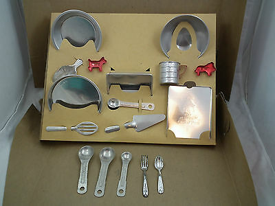 Vintage BO-PEEP Aluminum TOY BAKING SET in ORIGINAL BOX U.S.A. Made
