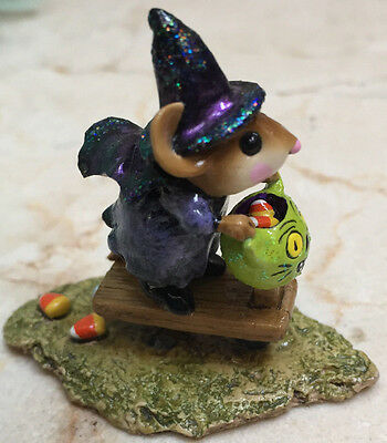 Wee Forest Folk  M-296s Scootin' with the Loot Signed by Donna Petersen 2003