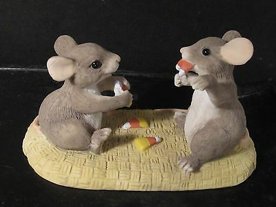 Early Charming Tails Silvestri CANDY CORN VAMPIRE Mouse  #85/607