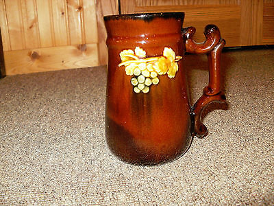 """Weller(Peters and Reed) Standard Glaze With Yellow  Berries and leaves - 5 1/2"""""""