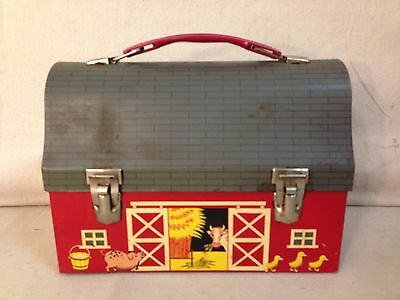VINTAGE 1957 THERMOS RED BARN OPEN DOOR DOME LID LUNCHBOX