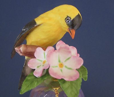 Franklin Mint American Goldfinch Crystal Bell with 24K Gold Trim