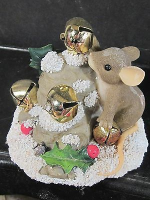 Charming Tails JINGLE BELL ROCK 87/132 Mouse