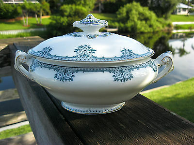 """RARE 1910 - Middleport Pottery, Burgess & Leigh Teal """"Rosette"""" Tureen 9"""" wide"""