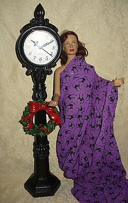 Christmas Victorian Holiday Clock 16 inch Fashion Dolls For Holiday Diorama