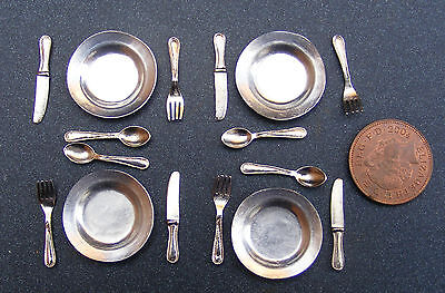 1:12 Scale Set Of 4 Metal Plates & Cutlery Dolls House Miniature Accessories BK