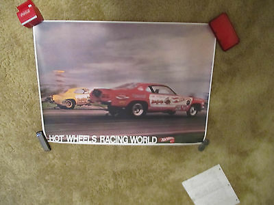 1970 Hot Wheels RACING WORLD Poster  w/Mongoose and Snake Funny Cars   NICE!!
