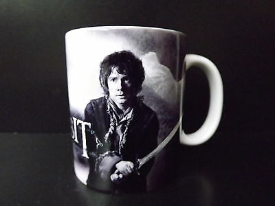 MUG THE HOBBIT  BILBO   La désolation de SMAUG      NEUF Tasse