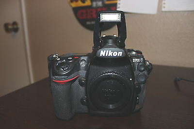Nikon D700 12.1 MP Digital SLR Camera Used (Body Only) Low Shutter CT 29,465