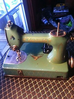 RARE VINTAGE STANDARD SEWHANDY SEWING MACHINE BY GENERAL ELECTRIC  RARE!