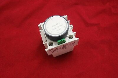 1PC LA2-DT2 Delay timer 0.1-30S use to LAC1-D AC Contactor