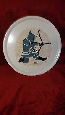 Vintage Melmac Ornamin by Ornamold Collectible Canada Mika Inut Hunting Design