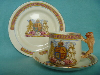 "SUPERB GEORGE VI CORONATION  ""LION HANDLED"" TRIO BY PARAGON."