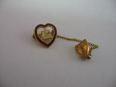Vintage Lapel Hat Pin: FHC Loyal Order of the Moose Heart Chain Shield