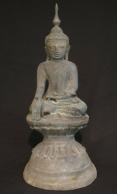 Antique Shan Buddha Statue from Burma | 18th century wooden antique Buddha